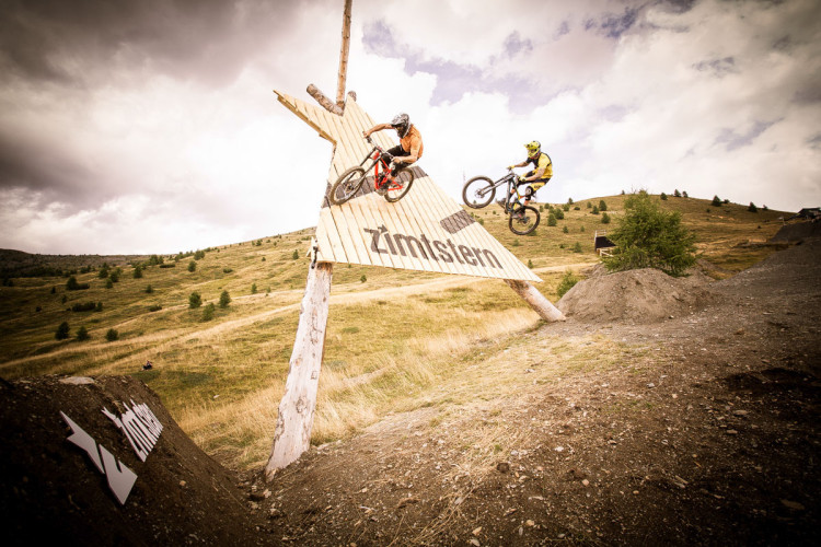 Suzuki Nine Knights MTB 2015_day5_action_Kc Deane, Geoff Gulevich_david_malacrida_distillery_nbh_LR