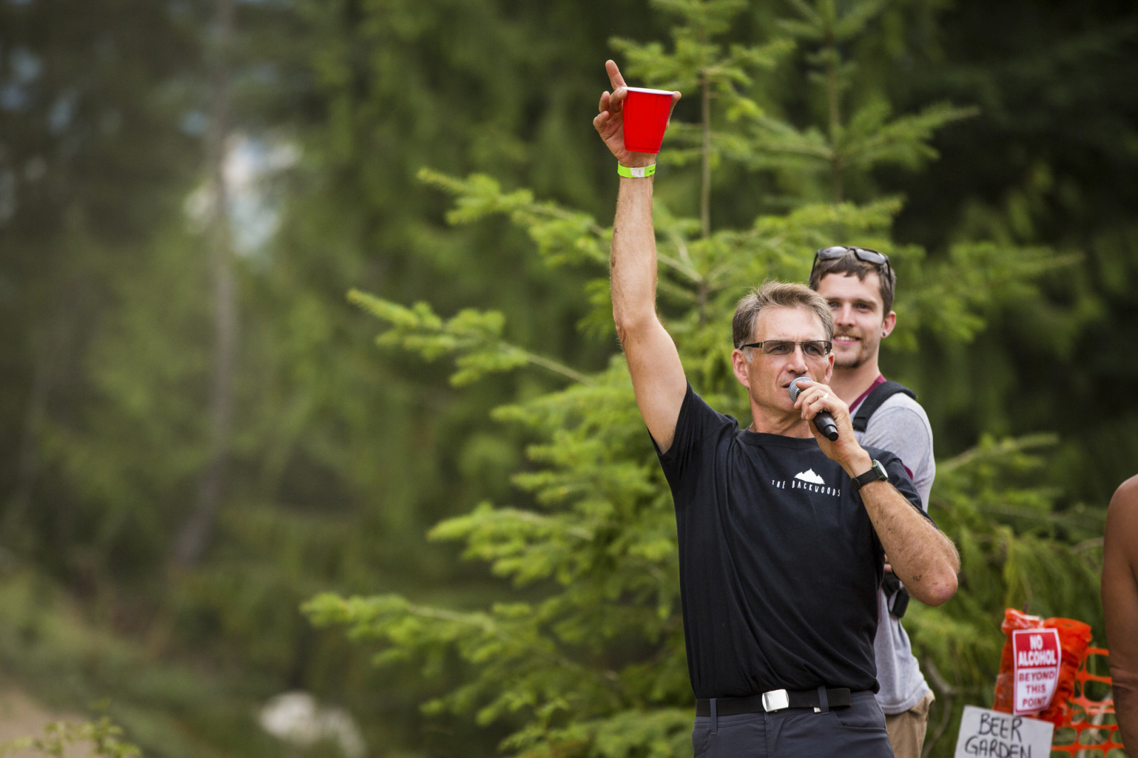 Cheers!  Photo : Dylan Dunkerton