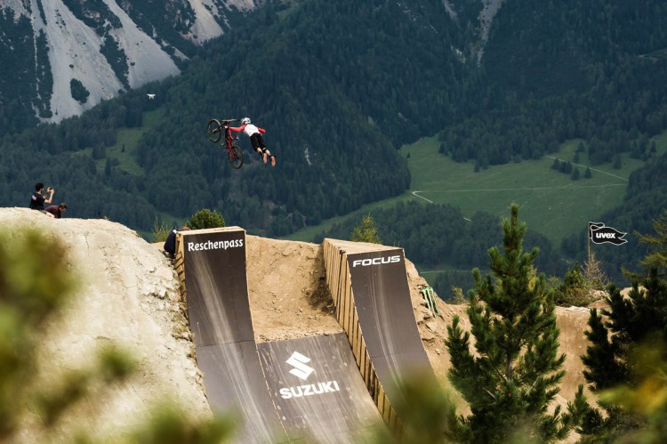 Suzuki Nine Knights MTB 2016_Contest-Day_Action_Adolf Silva_by_Klaus Polzer_distillery_LR19