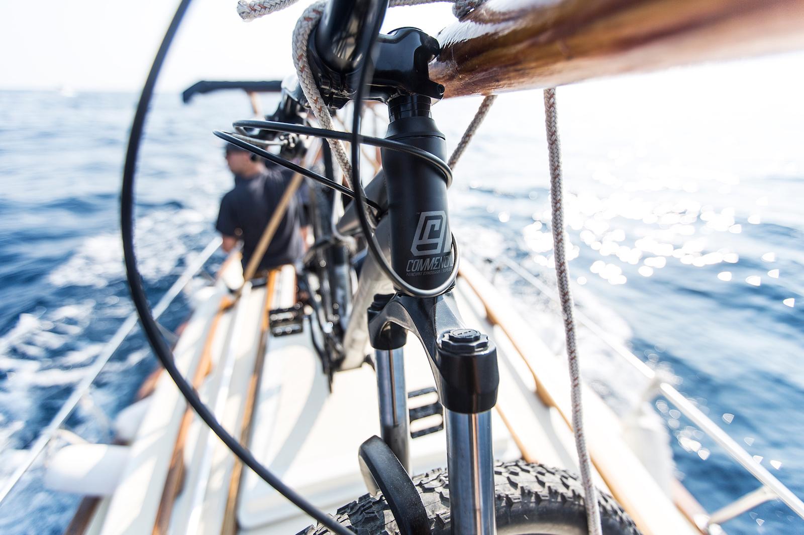 Produit : COMMENCAL EL Camino Rider : Cécile Ravanel Photo : Jb Liautard Lieu : Fréjus