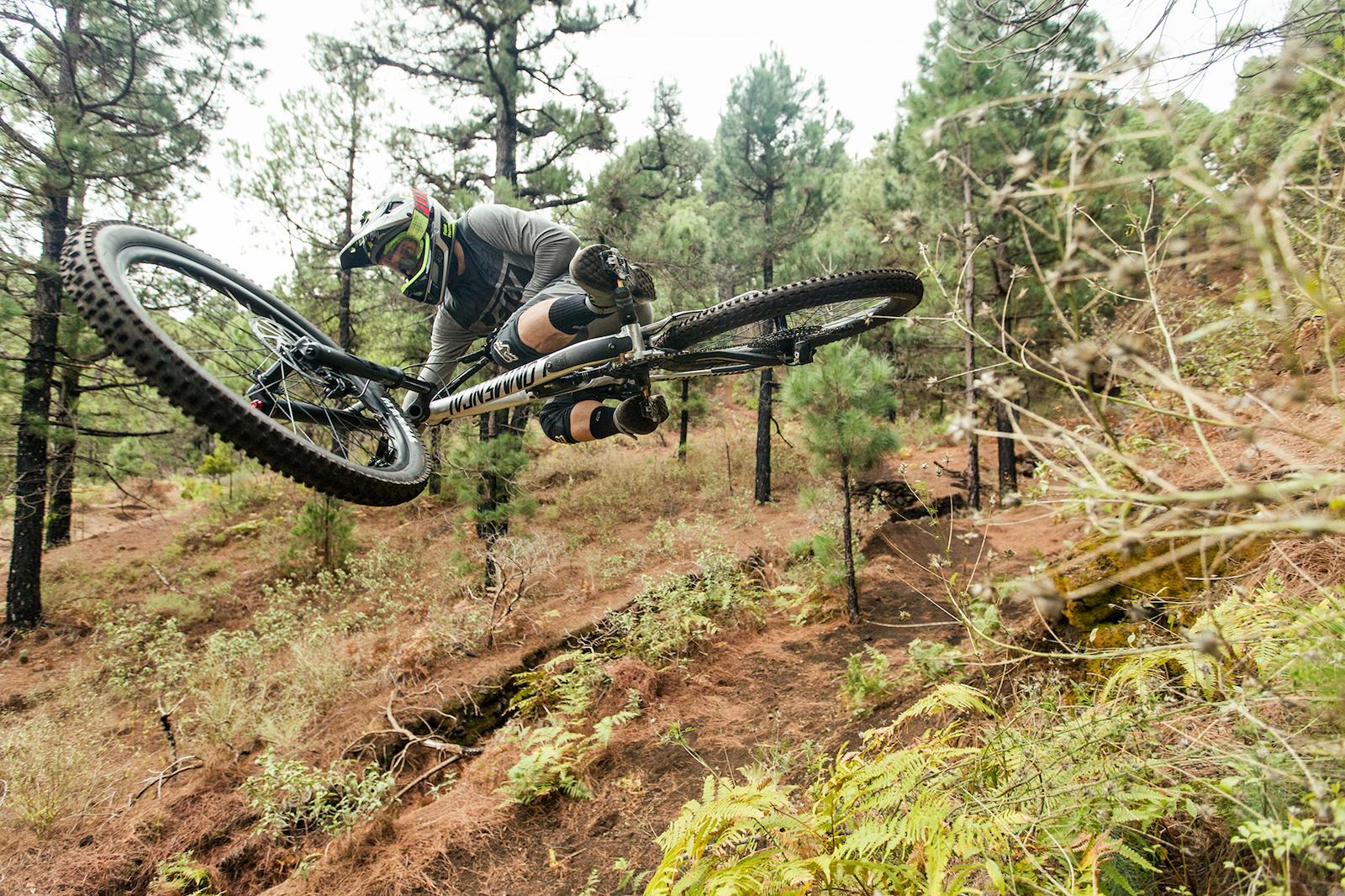 Location : La Palma / Rider : Rémi Thirion