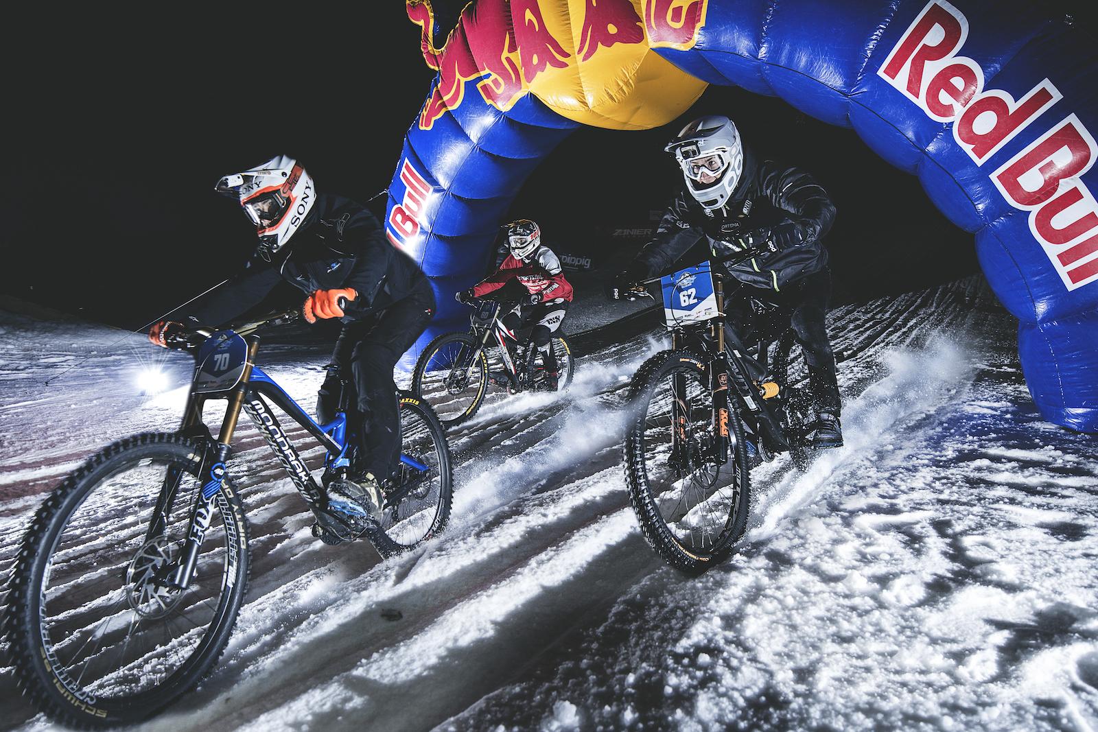 Ride-Hard-on-Snow-Siegertrio_Foto(c)Hannes-Berger