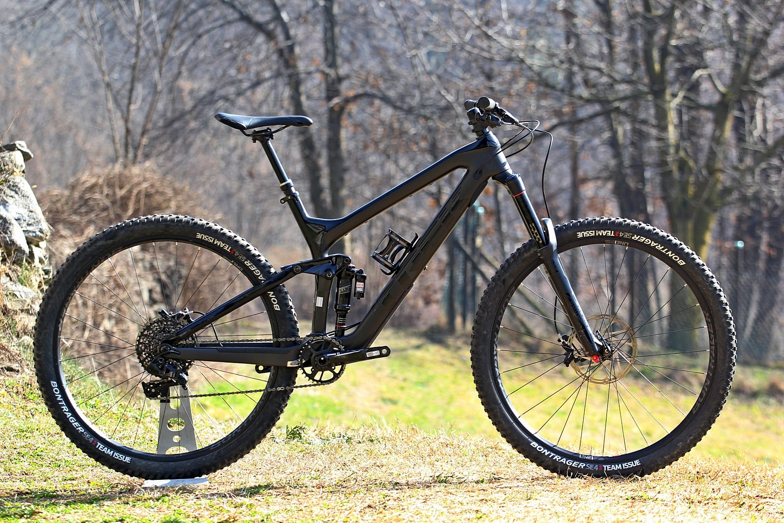 Carbon Fiber Bikes >> [Tested] Trek Slash 9.8 29 | MTB-MAG.COM