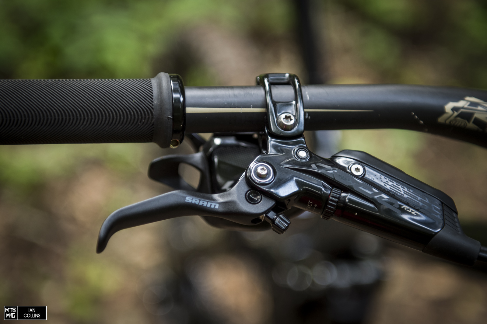 Sram Code R Im Einzeltest Cycleholix The Best Mountain Bike Disc Brakes Mbr