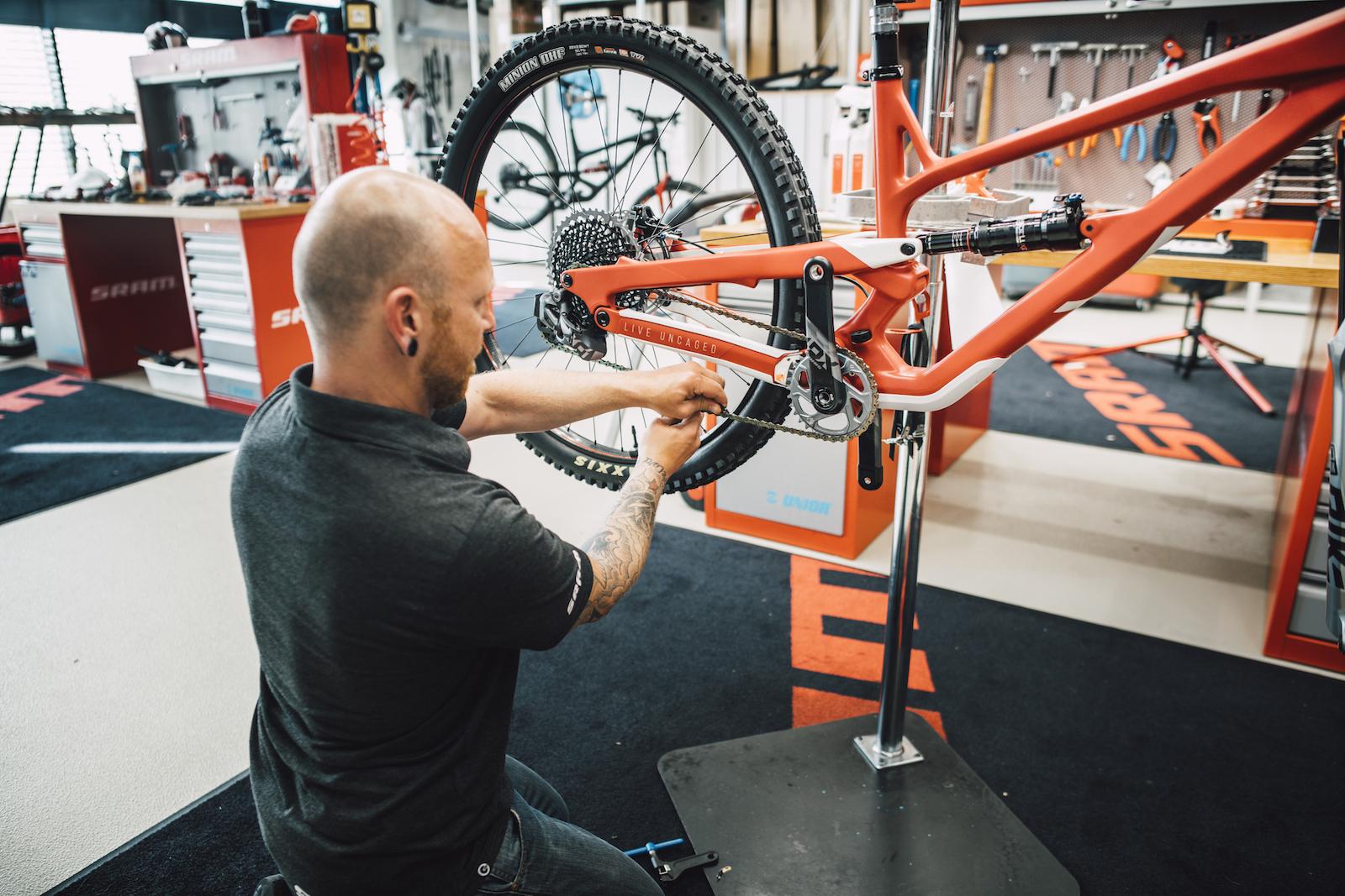 MTB-MAG COM - Mountain Bike Magazine   Dream Build SRAM
