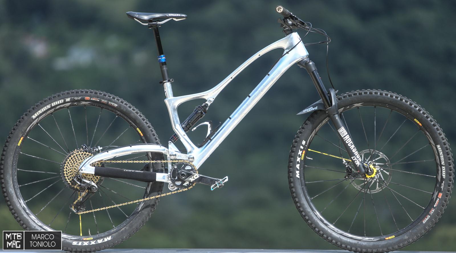 mountain bike buono per la perdita di peso